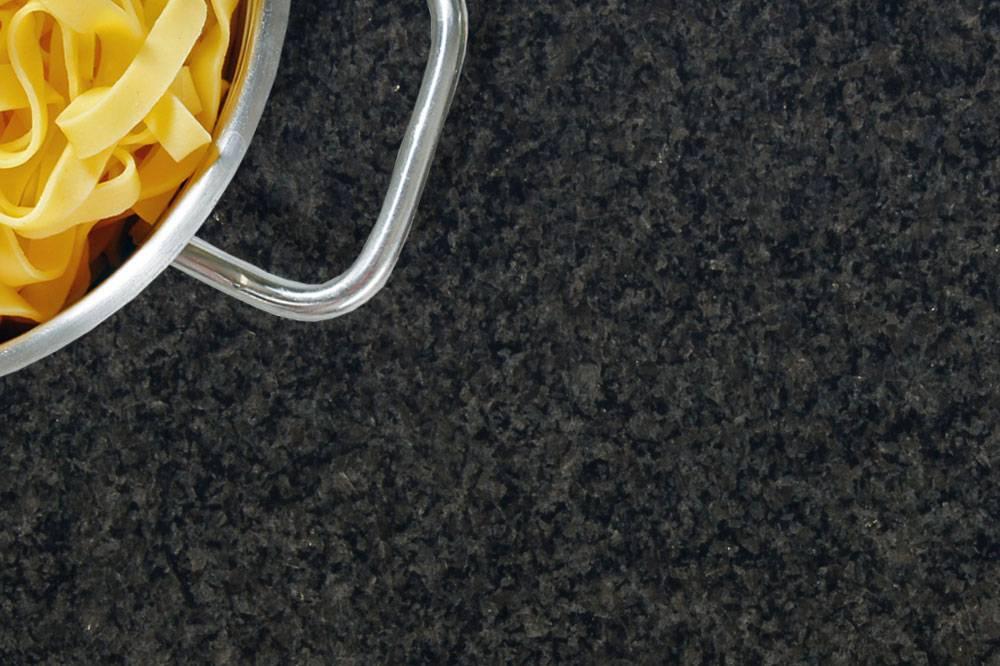 Arbeitsplatten nero impala naturstein online for Granit arbeitsplatte gunstig